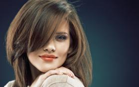 Havells Hair Straightener voluminous