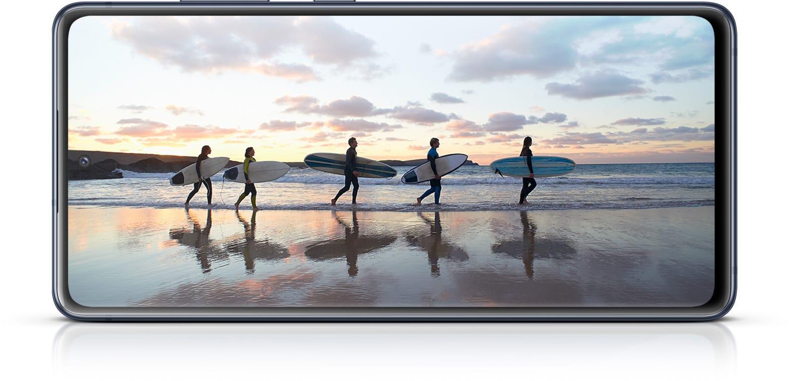 Samsung Galaxy S20 FE 5G display